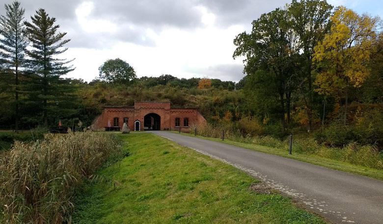 Eingangstor von Fort Gorgast im Küstriner Vorland