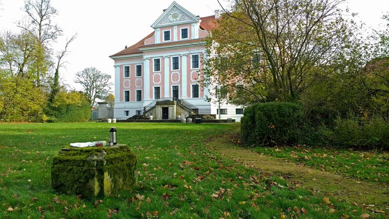 Bild vom Picknick im Schloss Gross Rietz in der Niederlausitz