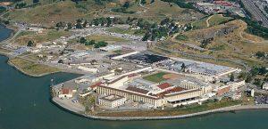 Luftaufnahme vom San Quentin State Prison in Marin County, Kalifornien, USA