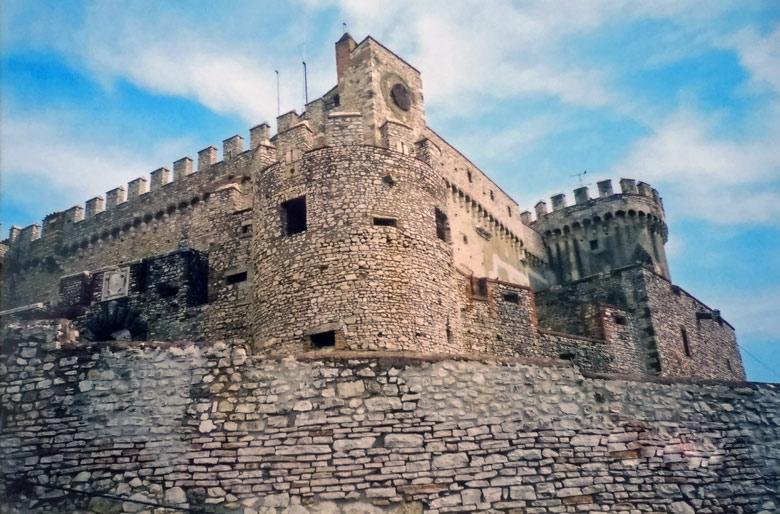 Bild des Castello Orsini-Odescalchi in Bracciano nördlich von Rom