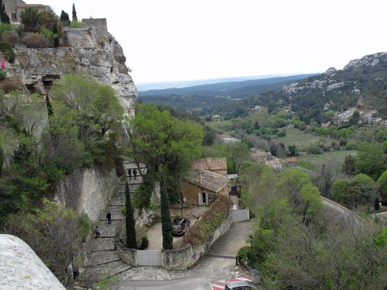 Les-Baux-de-Provence in den Alpillen mit Blick über die Provence