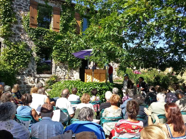 Bild von einem Open-air-Literaturfest Chambon-sur-Lignon Ardèche