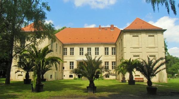 Bild vom Schloss Schwante im Landkreis Oberhavel