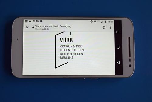 Startbild der Smartphone-App des Verbundes der öffentlichen Bibliotheken Berlins als Beispiel für mehr Apps für Motorradtouren