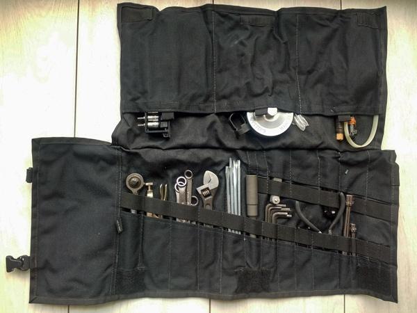Werkzeugrolle als Geschenk für Motorradfahrer