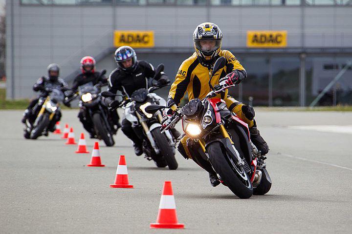Vorbereitung auf den Motorrad-Saisonstart: Auffrischungstraining