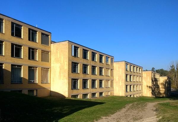 Bild der Anbauten der ehemaligen ADGB-Bundesschule Bernau bei Berlin
