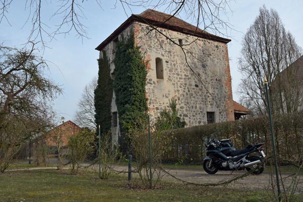 Mittelalterlicher Wohnturm von Schloss Garz in Brandenburg
