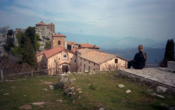 Santuario della Mentorella mit Blick ins Tal