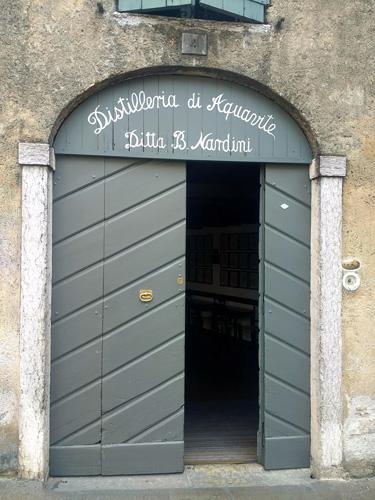 Distilleria Nardina Stammhaus in Bassano del Grappa, besicht bei einer Motorradtour nach Süditalien