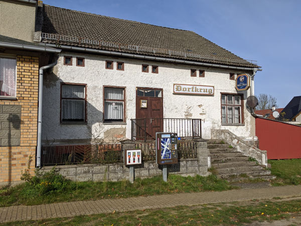 Kneipensterben auf dem Lande: Dorfkrug Zernikow, Lkr. Overhavel, Brandenburg