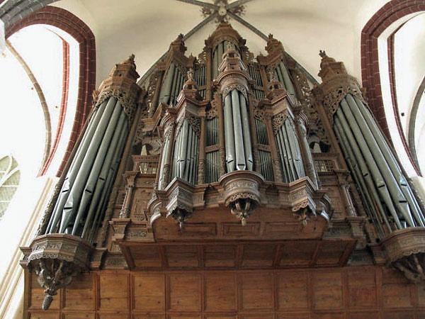 Orgelprospekt in der Stadtpfarrkirche von Tangermünde