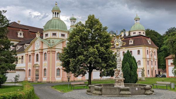 kloster st marienthal bei ostritz an der neisse bei einer erlebnistour durch die oberlausitz