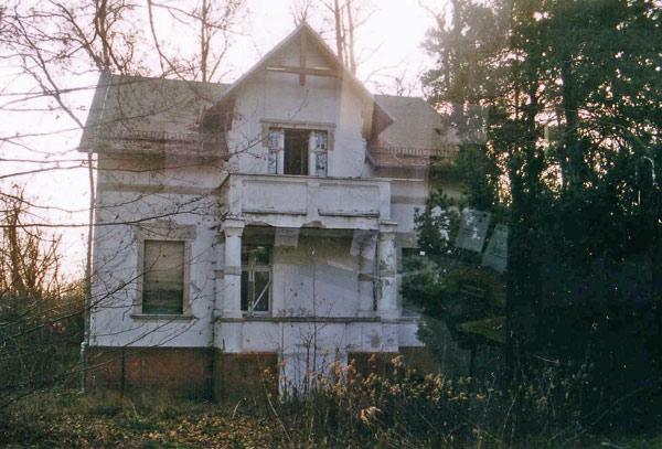 redaktionsvilla des ehemaligen deutschen freiheitssenders 904 in bestensee