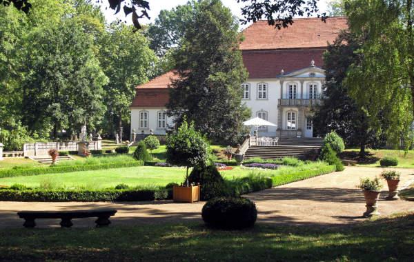 schloss wiepersdorf in brandenburg