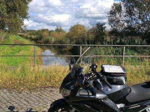 motorrad im rhinluch in brandenburg