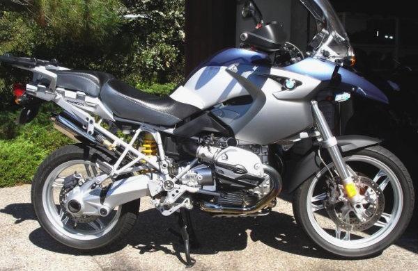 langstreckenkomfort auf dem motorrad: oehlins fahrwerk an bmw r 1200 gs