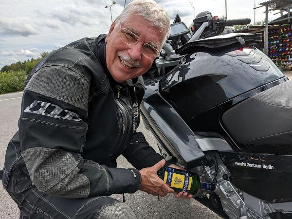 motorradtour im erzgebirge: oelwechsel