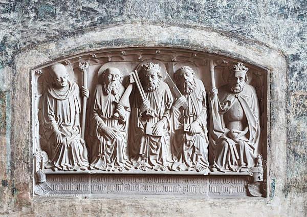 heiligenrelief in der burgkapelle von ziesar brandenburg